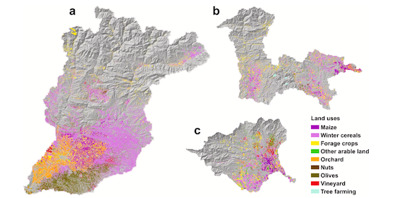 Read more about the article Modeling impacts of climate change on the water needs and growing cycle of crops in three Mediterranean basins (article)