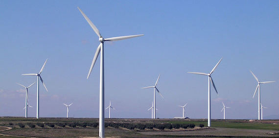 Impacts of climate change on wind energy power – Four wind farms in Spain (article)